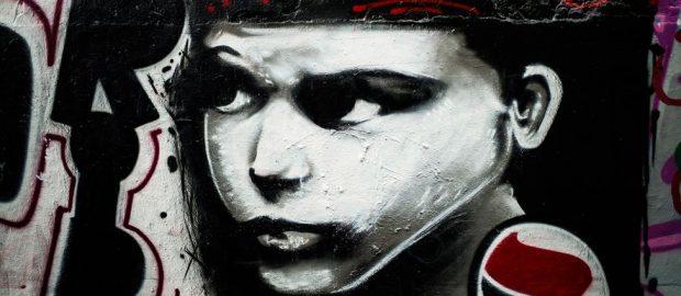 Hommage du collectif antifas Paris-Banlieue à Clément Méric, mort sous les coups de skinheads, à Paris, le 5 juin 2013.